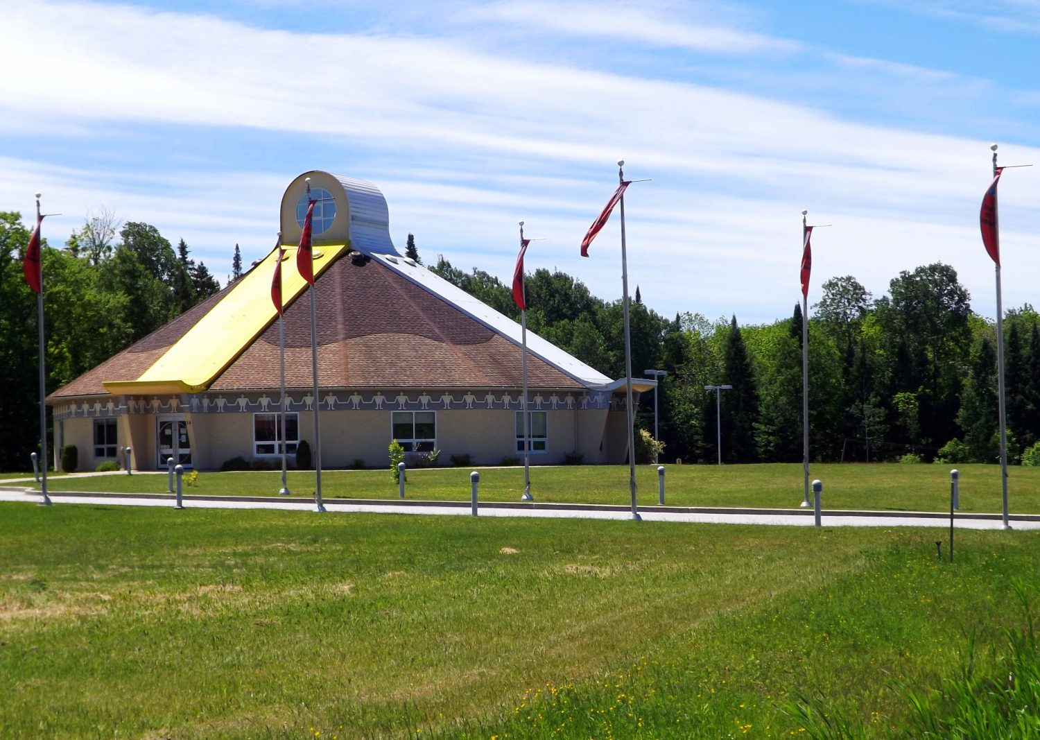 Centre culturel Kitigan Zibi Anishinabeg. ©Centre d'interprétation de l'historique de la protection de la forêt contre le feu, 2016