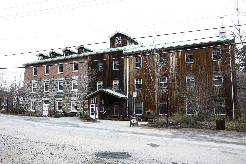 Ancien Moulin Maclaren ©CRÉO/MCC, 2016. Source : CLD des Collines-de-l'Outaouais