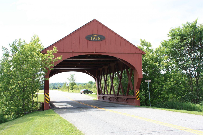 Pont couvert de Sainte-Cécile-de-Masham ©CRÉO/MCC, 2016. Source : CLD des Collines-de-l'Outaouais