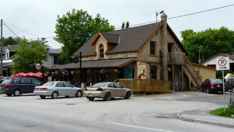 Ancien Hôtel Dean ©CRÉO/MCC, 2016. Source : CLD des Collines-de-l'Outaouais